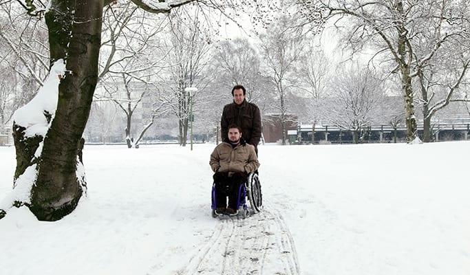 10 Tips for Using a Wheelchair or Walker in the Winter