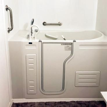 walk in bath tub installed