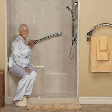 shower with molded seat