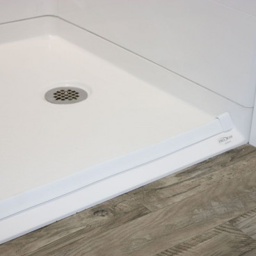 "54"" x 31"" Freedom Accessible Shower, Right Drain"