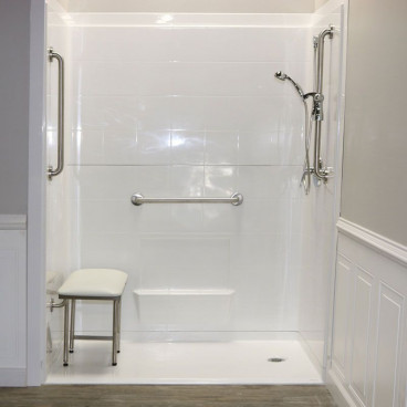 "60"" x 33⅜"" Freedom Accessible Shower, Right Drain"