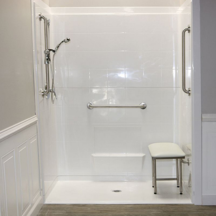 "Freedom Accessible Shower, Center Drain, 5 Piece (60"" X 33⅜"""