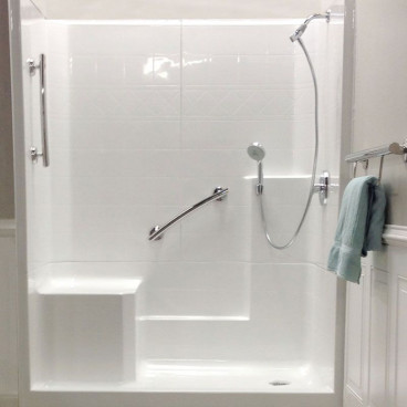 3-Jet Handshower Kit with Shower Arm Mount and Porter