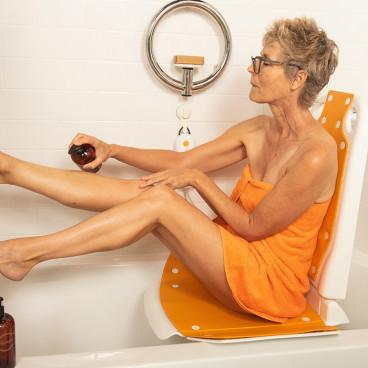 women using Bathlyft chair