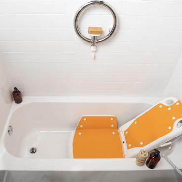 Bath lift lowered into tub