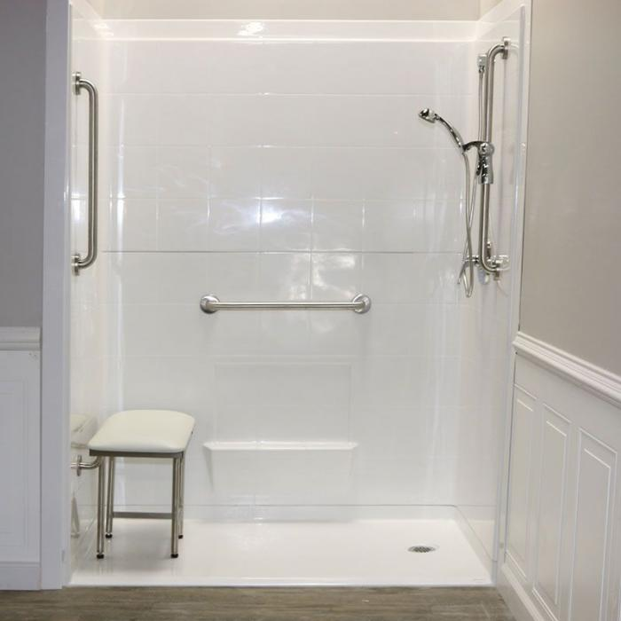 "Freedom Accessible Shower, Right Drain, 5 Piece (60"" X 33⅜"""
